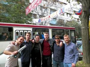 Aktivisté EFSK v Kosovské Mitrovici, baště srbského odporu proti uloupení a okupaci Kosova.